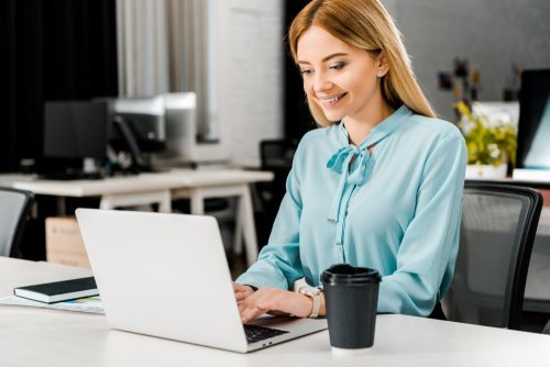 Top 5 Reasons Successful Businesses Use Online Assistants